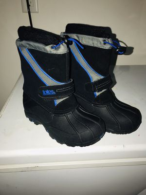 Girls size 1 snow boots $10 for Sale in Richmond, TX