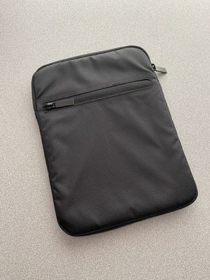 Tablet laptop sleeve for 10 inch Apple iPad kindle perfect! for Sale in Centennial, CO
