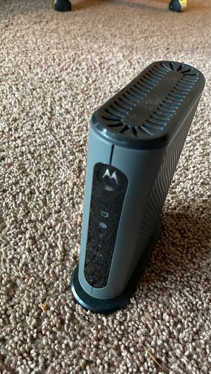 Motorola cable modem (16x4 DOCSIS 3.0) for Sale in Bellevue, WA