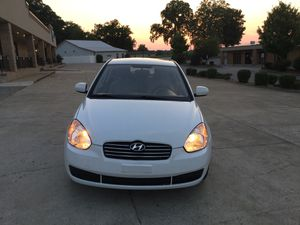 2011 Hyundai Accent great condition for Sale in Bowling Green, KY