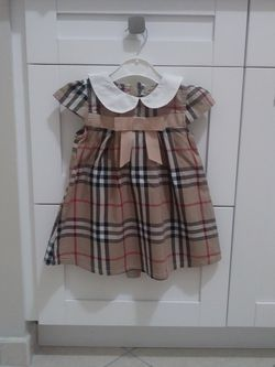 Burberry Little dress for Sale in Miami,  FL