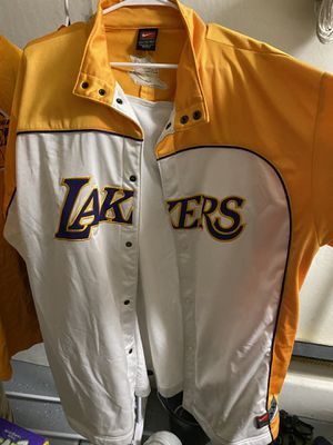 Lakers warm up jersey and T-shirt for Sale in Peoria, AZ
