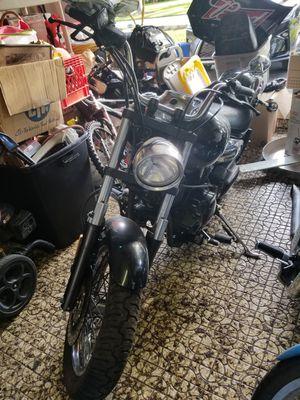 Yamaha vstar 839 miles 1100cc 2006 motorcycle for Sale in Tamarac, FL