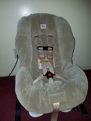 Britax car seat 5 to 65 pounds capacity for Sale in Los Angeles, CA