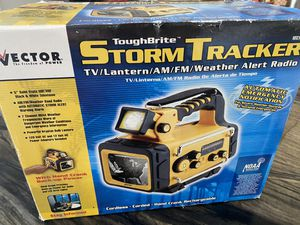 Vector Storm tracker TV Weather Alert Lantern AM/FM Radio Part No. VEC135 for Sale in Orlando, FL