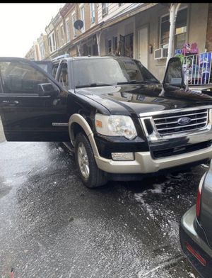 2008 Ford Explorer Nothing wring runs like a baby for Sale in Philadelphia, PA