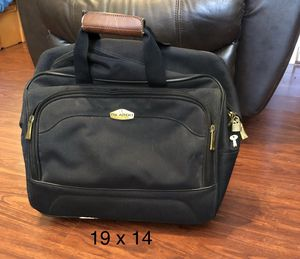 Black Roll Around Business Carry On Bag for Sale in Lancaster, TX