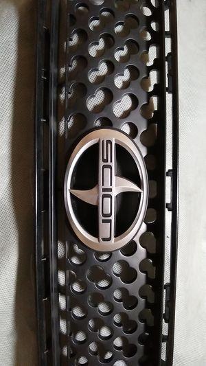 OEM 2007 Scion tc upper grill with badge for Sale in Miami, FL