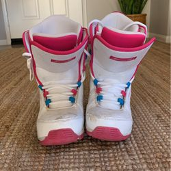 Girls Snow Boots for Sale in Winchester,  CA