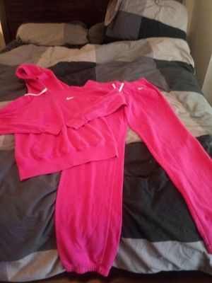 NIKE SWEAT OUTFIT. AWESOME CONDITION for Sale in Philadelphia, PA