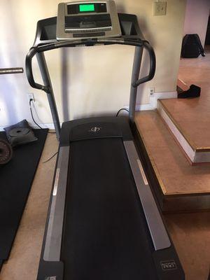 Nordic Track A2750 Pro Treadmill for Sale in West Covina, CA