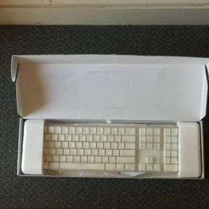 Apple Wireless Mechanical Keyboard for Sale in San Francisco, CA
