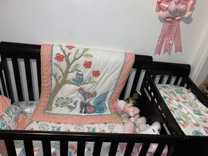 Baby crib with changing table and one drawer for Sale in Dallas, TX