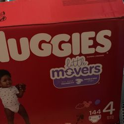 Huggies Little Movers Size 4 Total #110 Diapers for Sale in Huntington Beach,  CA