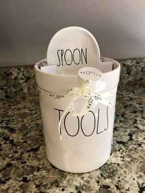 Rae Dunn TOOLS Crock w/SPOON Rest Set for Sale in Loganville, GA