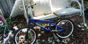"Kids bike/ 20""/might needs inner tube for Sale in Colorado Springs, CO"