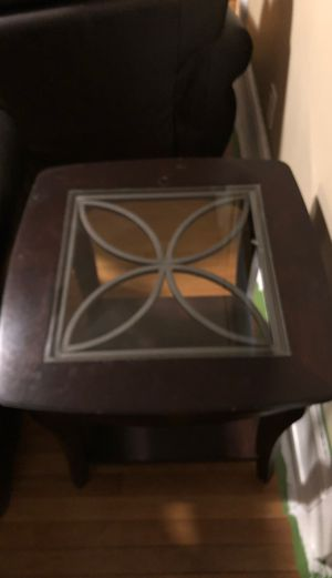 Side table with matching coffee table for Sale in Kenilworth, NJ