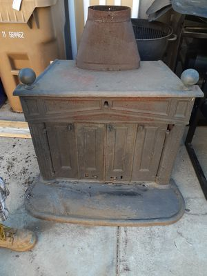 Ben Franklin wood burning stove for Sale in Yucaipa, CA