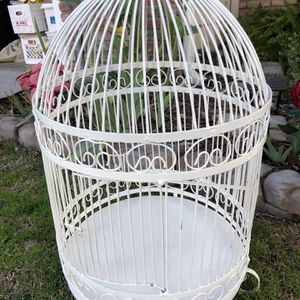 White Thick Metal Bird Cage **PENDING PICK UP** for Sale in Costa Mesa, CA