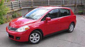 2012 Nissan Versa Hatchback 60kmil for Sale in Chicago, IL