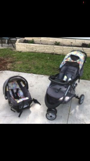 Baby stroller and car seat set for Sale in Lakeland, FL