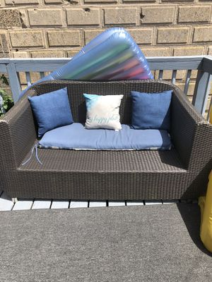 Wicker couch for Sale in Freeland, PA