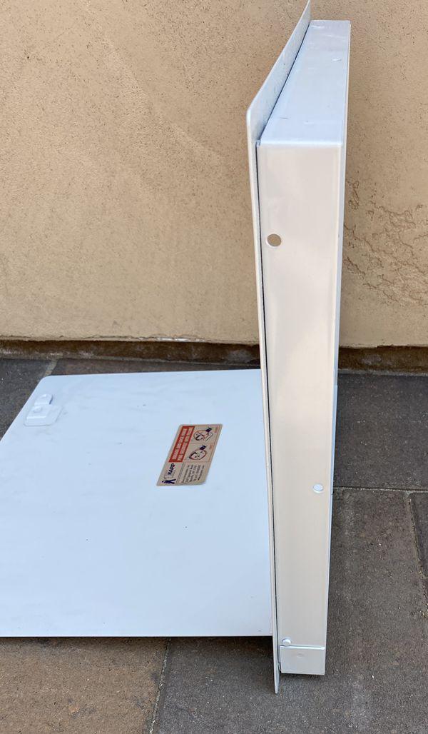 NEW Universal Access Door