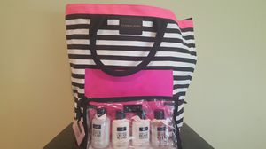 Victoria secret set of four with handbag for Sale in Adelphi, MD