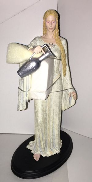 Lord of the Rings LOTR Lady Galadriel Figure Statue Sideshow Collectibles Limited Edition for Sale in Queens, NY
