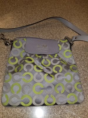 Authentic Coach crossbody for Sale in North Las Vegas, NV