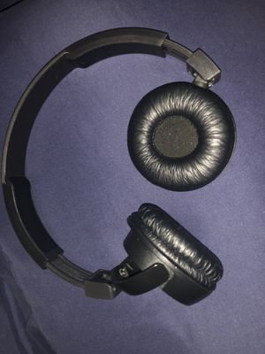 Jbl Bluetooth headphones for Sale in Boyds, MD