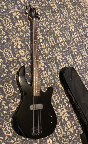 Bass guitar Dean Y3010176 for Sale in Hopatcong, NJ