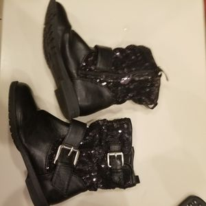 Girls size 11m black sequin boots look new for Sale in Ruskin, FL