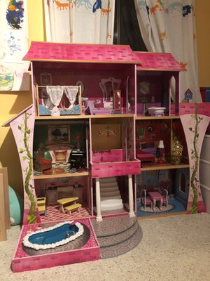 Kid Kraft Wooden Barbie House for Sale in Lynnwood, WA