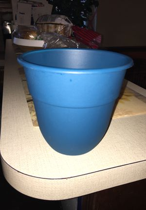 Flower pot for Sale in Philadelphia, PA