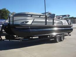 Suntracker Regency 230 LE3 boat cover (only) for Sale in Stockton, CA