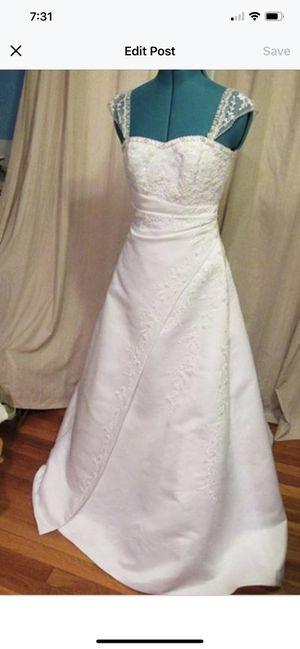 New Michealangelo Wedding Dress Size 4 for Sale in Kansas City, MO