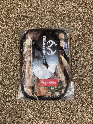 Supreme real tree small zip for Sale in Anaheim, CA