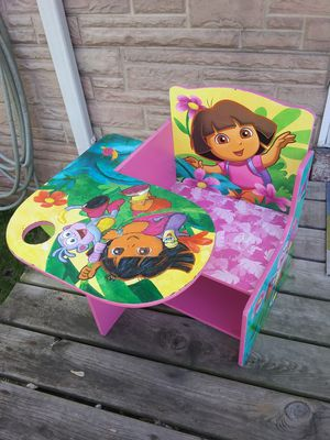 Dora the Explorer Small Desk with storage underneath for Sale in St. Louis, MO