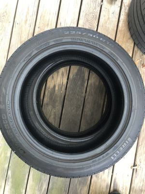 225/50R18 tires for Sale in Sterling, VA