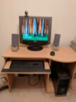 Computer monitor, wireless keyboard and mouse camera and 2 speakers for Sale in Falls Church, VA