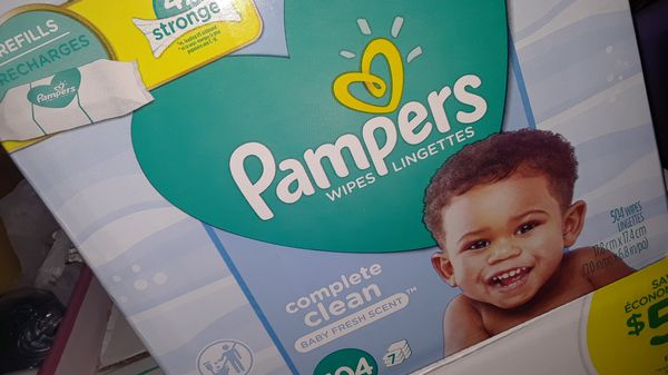 Pampers baby wipes 504ct.