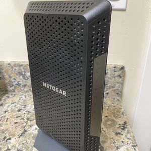 NETGEAR Nighthawk Cable Modem CM1200, DOCSIS 3.1 Compatible With All Major Cable Providers for Sale in San Jose, CA