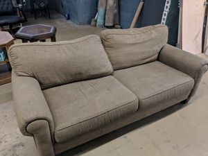 7' fabric couch. FREE. for Sale in Chicago, IL
