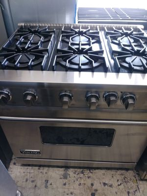 Viking 6 burner slide in range for Sale in Glendora, CA