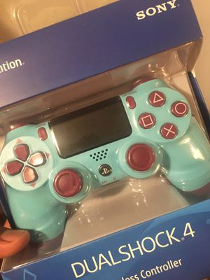 Playstation 4 controller for Sale in Compton, CA