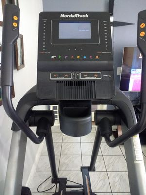 Nordictrack FS7i FreeStride Trainer elliptical for Sale in Hialeah, FL