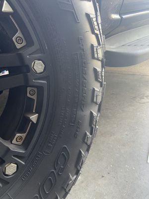 Tuff 6x139 off road wheels and tires for Sale in Hampton, VA