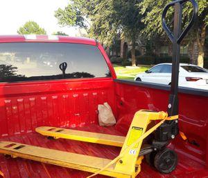 Pallet jack for Sale in McKinney, TX