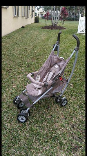 Graco stroller for Sale in Loxahatchee, FL